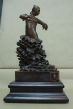 bailaora flamenca en bronce