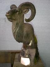 muflón de bronce