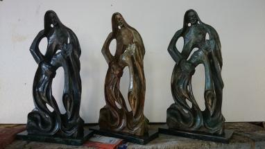 Meigas en bronce