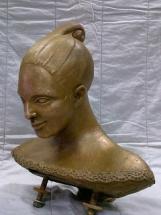 cabeza en bronce