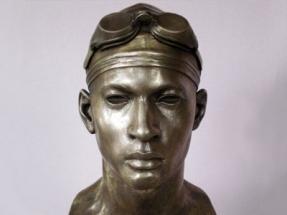 nadador de bronce