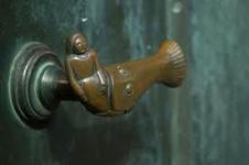 manillas de puertas en bronce